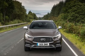 Infiniti QX30 People Carrier