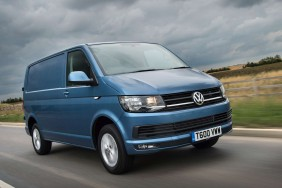 Volkswagen Transporter Medium Van