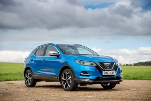 Nissan Qashqai Hatchback 1.5 dCi 115 N-Connecta Glass Roof