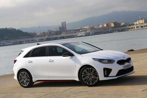 Kia Ceed Hatchback 5 Door Hatch 1.6 T-Gdi 201bhp GT ISG