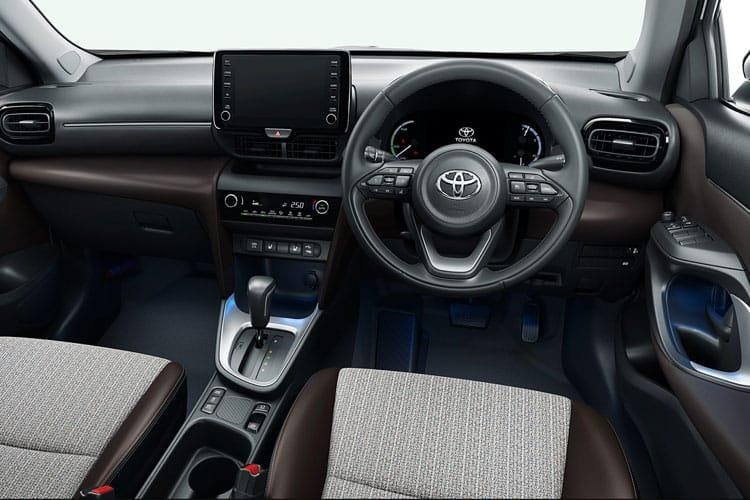 Toyota Yaris Cross Estate