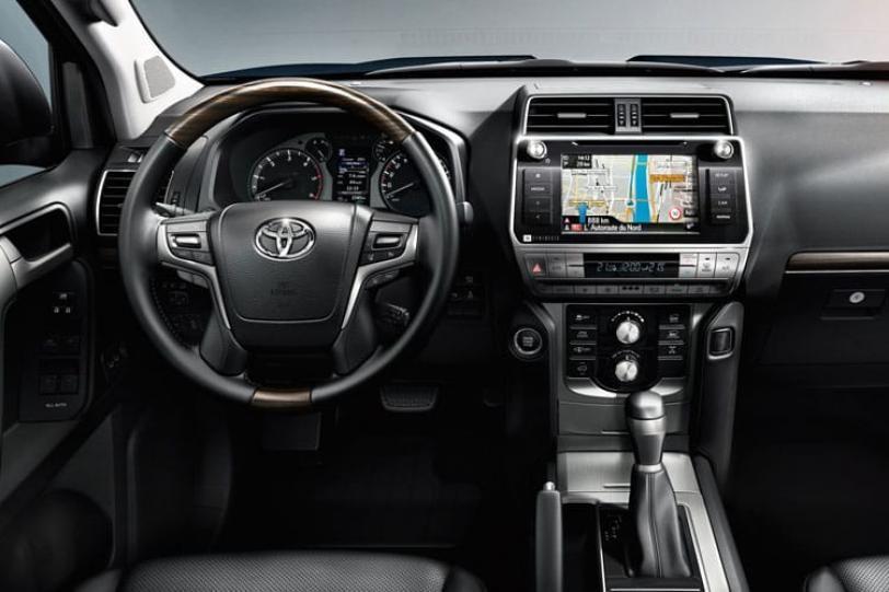 Toyota Land Cruiser SUV
